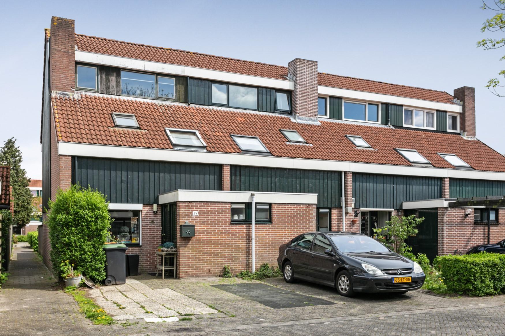 4f717758cba VERKOCHT ONDER VOORBEHOUD: De Wieken 39, Hoorn - Westfries Goed ...